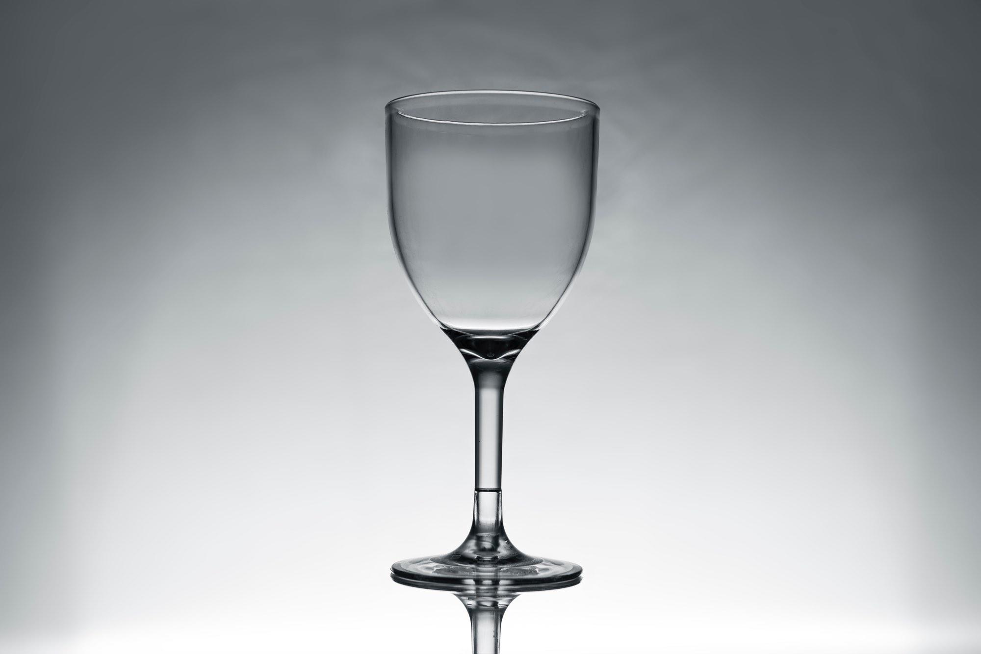Műanyag boros pohár